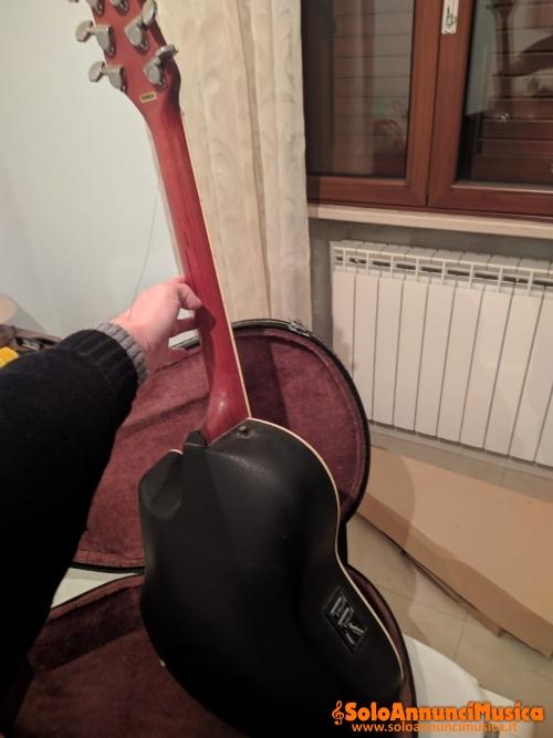 Chitarra acustica elettrificata Ovation Applause con custodia ottime condizioni
